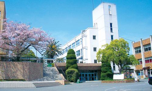 近畿大学短期大学部